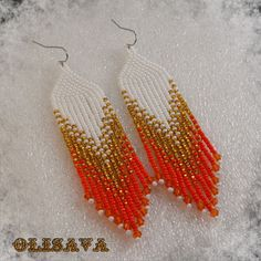 Indian style 351632683396068781 - Long Indian style beads earrings tribal style boho style Source by elizavetabozhko Beaded Earrings Native, Beaded Earrings Patterns, Seed Bead Earrings, Fringe Earrings, Jewelry Patterns, Diy Earrings, Hoop Earrings, Native American Earrings, Bead Earrings