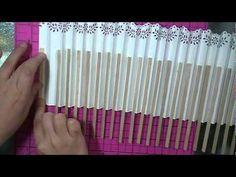 How to make a Paper Fan by hands (Tutorial) Diy Lace Fan, Diy Fan, New Year's Crafts, Fun Crafts, Paper Crafts, Hand Held Fan, Hand Fans, Paper Flowers Craft, Paper Fans