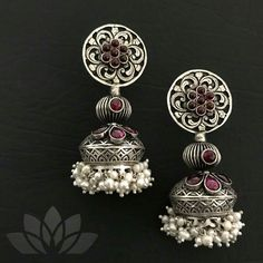 Silver jewelry For Prom Rings - Silver jewelry Necklace Accessories - - - Silver jewelry Videos Bohemian Silver Jewelry Box, Metal Jewelry, Silver Earrings, Beaded Jewelry, Silver Accessories, Jewelry Bracelets, Selling Jewelry, Jewelry Shop, 925 Silver