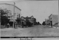 Chestnut Street/Main Street in Hays, KS  1905 looking north -- Photo courtesy of Hays Public Library