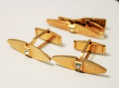 Vintage cuff links and tie clip set.  by chicvintageboutique