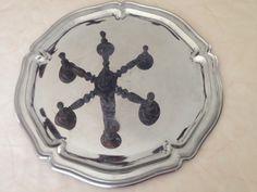 tarjotin ruostumattomasta teräksestä . stainless steel tray, diameter 34 cm