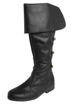Bota fiveblu preta, confeccionada em material sintético, com cano de 41cm de altura e 44cm de largura. tem tiras na parte traseira com fivelas decorativas e fechamento por zíper. traz interior em material têxtil, palmilha macia e solado de borracha.