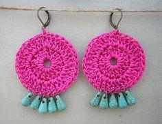 Love the colours! Crochet Jewelry Patterns, Crochet Earrings Pattern, Crochet Bracelet, Crochet Accessories, Crochet Quilt, Crochet Home, Love Crochet, Knit Crochet, Do It Yourself Jewelry