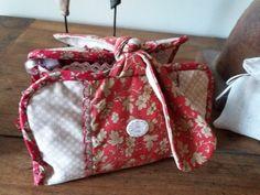 Le blog de Plume de lin - bienvenue dans mon petit atelier...des petits points....des aiguilles et de la patience..... Points, Patience, Diaper Bag, Couture, Blog, Welcome, Handmade, Atelier, Bag