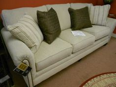 Marvelous NEVER USED 3 CUSHION IN MILARI LINEN W/PILLOWS $629.00 80097 515 Www.