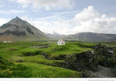 Awesome Iceland travel places, why to visit Iceland