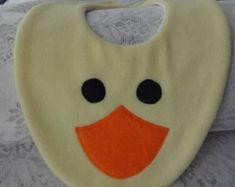 Babero babero para bebé babero animales polar por DinkyDimples