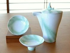 Arita yaki porcelain Sake Cup Bottle set Guinomi Tokkuri Open Sea Motif Japan