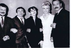 Georges Brassens en compagnie de Barbara, Boby Lapointe, Maurice Baquet Charles Trenet, French Classic, Losing Faith, Robert Doisneau, Demi Lovato, Historical Photos, Caricature, The Past, Singer