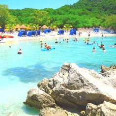 271  I'm guessing this is Labadee in Northern Haiti.