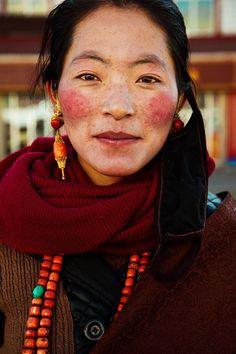 belleza femenina por el mundo Meseta del Tíbet, China.