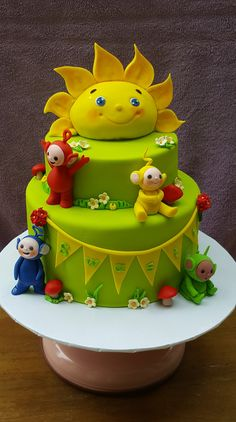 I loved making this sweet custom designed Teletubbies cake for baby S's first birthday. When R first contacted me, I had just about heard of Teletubbies– never made a cake in that theme…