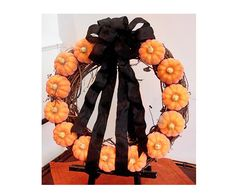 Mini-Pumpkin Wreath