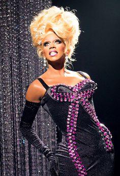 "RuPaul on the set of ""Drag Race,"" now in Season Credit Mathu Andersen Drag Race Season 6, Rupaul Drag Queen, Fashion Face, Chiffon Tops, Designer Dresses, Glamour, Drag Queens, Celebrities, Model"