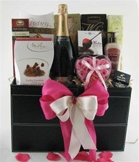 Wedding Gift Basket Delivery : gift baskets wedding gift baskets wedding gifts gift basket ideas gift ...
