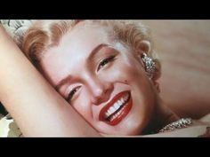 It has been said that sometimes her makeup would take up to 3hrs to do. Every part served a purpose. I love hearing Lisa Eldridge explain it. This is for just watching not recreating this look myself. Marilyn Monroe - Iconic Make-up Look
