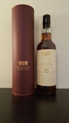 Laphroaig 1998 The Whisky Exchange, Bottled 322 bottles, % Vol., finished since 2010 in an oloroso sherry. Bourbon Whiskey, Scotch Whisky, Single Malt Whisky, Vegetable Drinks, Healthy Eating Tips, Distillery, Earthy, Whiskey Bottle, Irish