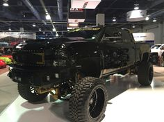 Booth 46097- 2015 Chevy Silverado 2500HD by chariotz. Click to view more photos and mod info.