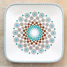 Rock Painting Patterns, Dot Art Painting, Mandala Painting, Mandala Rocks, Pointillism, Mandala Design, Painted Rocks, I Card, Pattern Design