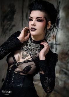 Model: Gatto Nero Katzenkunst Photo: Meik... - Gothic and Amazing