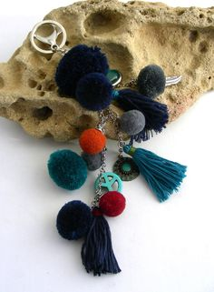 Etsy - Shop for handmade, vintage, custom, and unique gifts for everyone Bleu Turquoise, Tassel Necklace, Etsy, Drop Earrings, Jewelry, Fashion, Pom Poms, Pendant Earrings, Handmade Gifts