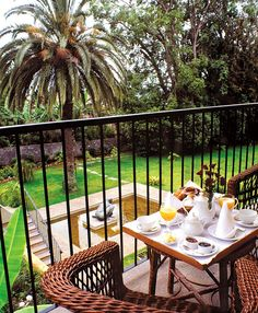 The Boutique Hotel Quinta da bela Vista on Madeira Island is an ideal place for travellers who appreciate the traditional and seek peace and quiet. Hotels Portugal, Funchal, Exotic Plants, Antique Furniture, Restoration, Castle, Patio, Luxury, Places