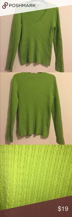 Jones New York Signature V-Neck Sweater Jones New York Signature v-neck sweater, size Large. Pretty green color. Jones New York Sweaters V-Necks