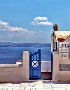 A collection of awesomeness from Santorini, Mykonos and other Greece islands. Places Around The World, Oh The Places You'll Go, Places To Travel, Places To Visit, Dream Vacations, Vacation Spots, Just Dream, Santorini Greece, Paisajes