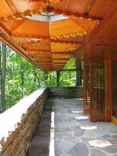 Kentuck Knob, a Frank Lloyd Wright house in Stewart, PA. | Susi.a