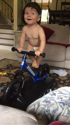 Submit photos or videos of your little Strider rider for a chance to win a gift card. We wanna see your kid's skills on their Strider Bike. Video Contest, Photo Contest, Baby Rocker, Monthly Photos, Balance Bike, Striders, Baby Bundles, Top Photo, Taking Pictures
