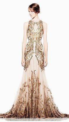 金色城堡镂空刺绣鱼尾长款礼服