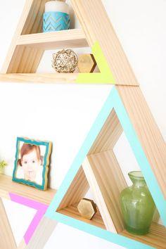 Build It - Triangle Shelves