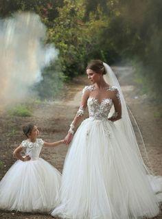 Pajes de boda   bodatotal.com   wedding ideas, ideas para tu boda, ringbearer, flower girl