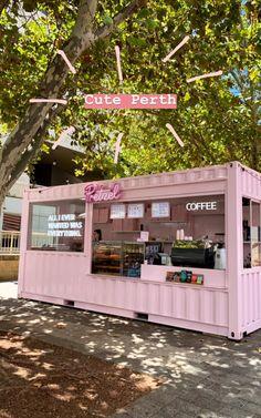 Cake Shop Design, Bakery Design, Cafe Design, Store Design, Coffee Shop Interior Design, Coffee Shop Design, Deco Restaurant, Restaurant Design, Small Coffee Shop