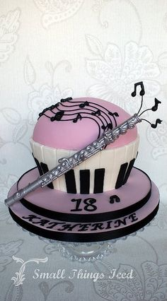I should have made this cake for my birthday! lmao how purfect, right name and…
