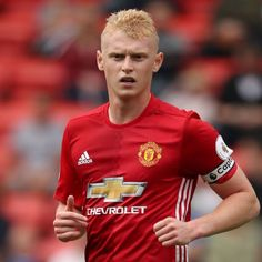 Hull City sign James Weir from Manchester United