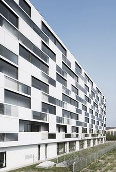 Residential complex in Vienna. Delugan Meissl architects. EQUITONE facade…