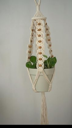 Macrame Plant Hangers, Macrame Hanging Planter, Macrame Plant Holder, Hanging Wall Planters Indoor, Hanging Plants, Macrame Design, Hanging Flowers, Macrame Patterns, Decoration