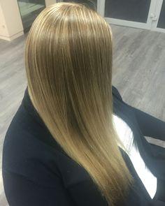 Tenučký blond melir s farbou
