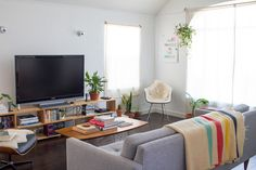 A Colorful and Comfortable Home in The Heart of LA | Design*Sponge