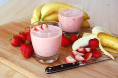 Avoid Acid Reflux with this low fat recipe:   Strawberry Banana Smoothie! You have to prepare this recipe just before you are going to serve it as it gets spoiled if prepared early. You need following ingredients to prepare it:  Strawberries: 1 cup,  Non-fat yogurt1/4, cup  Ice or rice milk: 1/2 cup, Sliced banana: 1/2.  Blend all the ingredients in a blender for about 60 sec and relish this recipe which is considered as one of the most delicious recipes to avoid acid reflux.
