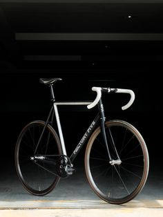 Custom: Luca – Factory Five Cycling Bikes, Road Bikes, Road Cycling, Fixed Gear Bikes, Factory Five, Push Bikes, Speed Bike, Cool Bicycles, Bicycle Accessories