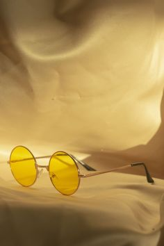 Tint Round Frame Sunglasses