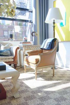 Eric Cohler Design: Manhattan Interior Design Project #EricCohler #NYC #InteriorDesign #mixmaster #art #style #design #living #room