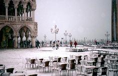 Snowfall in VENICE, Italy (10 photos)