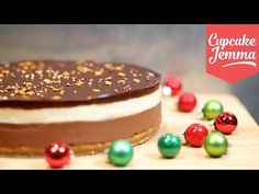 We picked ten Christmas Cheesecake recipes, all decorated in the Festive spirit and all being very easy to prepare. In this article, we are sharing with Baileys Cheesecake, Cheesecake Cupcakes, Cheesecake Recipes, Layer Cheesecake, Banana Cream Pies, Great Desserts, Dessert Recipes, Cupcake Jemma, Chocolate Baileys