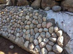 rabatt stenar Kuvahaun tulos haulle stenar i slutt - rabatt Diy Garden Fence, Garden Retaining Wall, Garden Paving, Sloped Garden, Garden Stones, Garden Paths, Small Front Yard Landscaping, Outdoor Landscaping, Outdoor Gardens