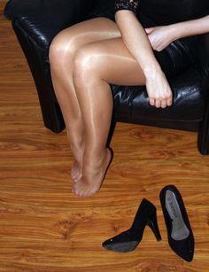Nylon Women Dating ♥ http://nylonwomendating.com