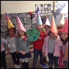 Inquiring Minds: Mrs. Myers' Kindergarten: Investigating Castles: Part 2 (Comparing Past and Present)